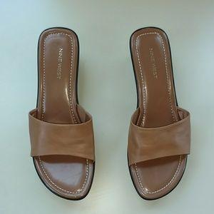 Nine West wedge sandals light brown 9M